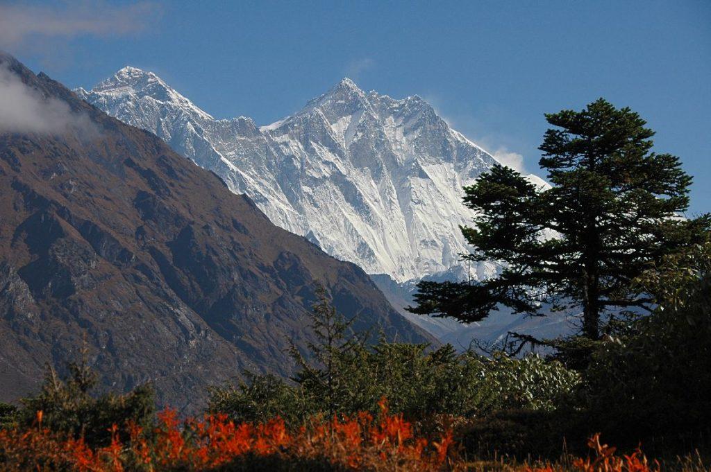 28/11/2063 : Accident au sommet de l'Everest
