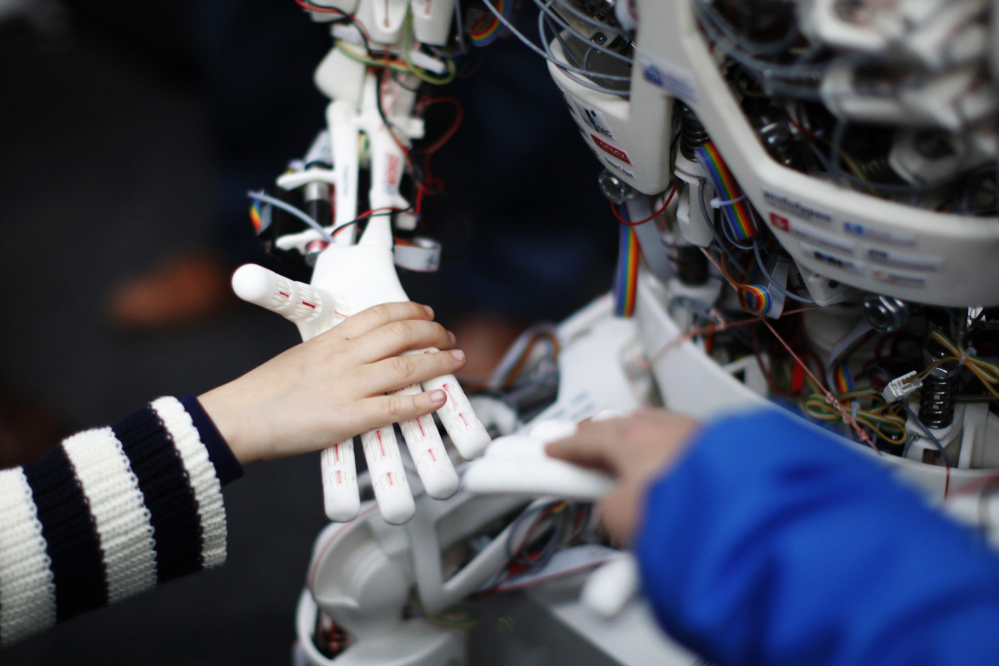 Empathie anthropo-robotique | 30/11/2065