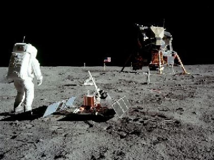 L'agence spatiale russe promet de vérifier l'existance des sites d'atterrusage américains Apollo   The Independent – RP