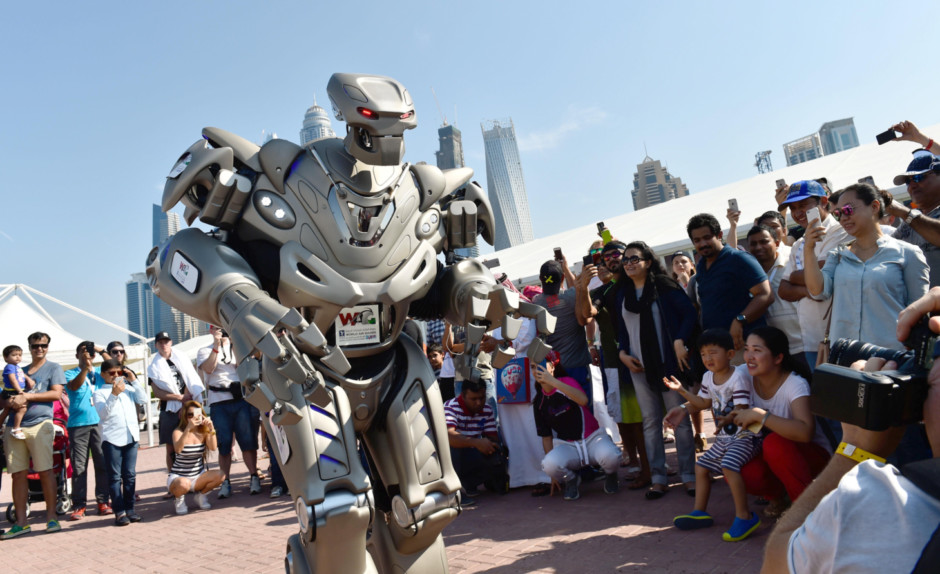 Fin d'un tabou robotique dans les transports en commun | 25/03/2069