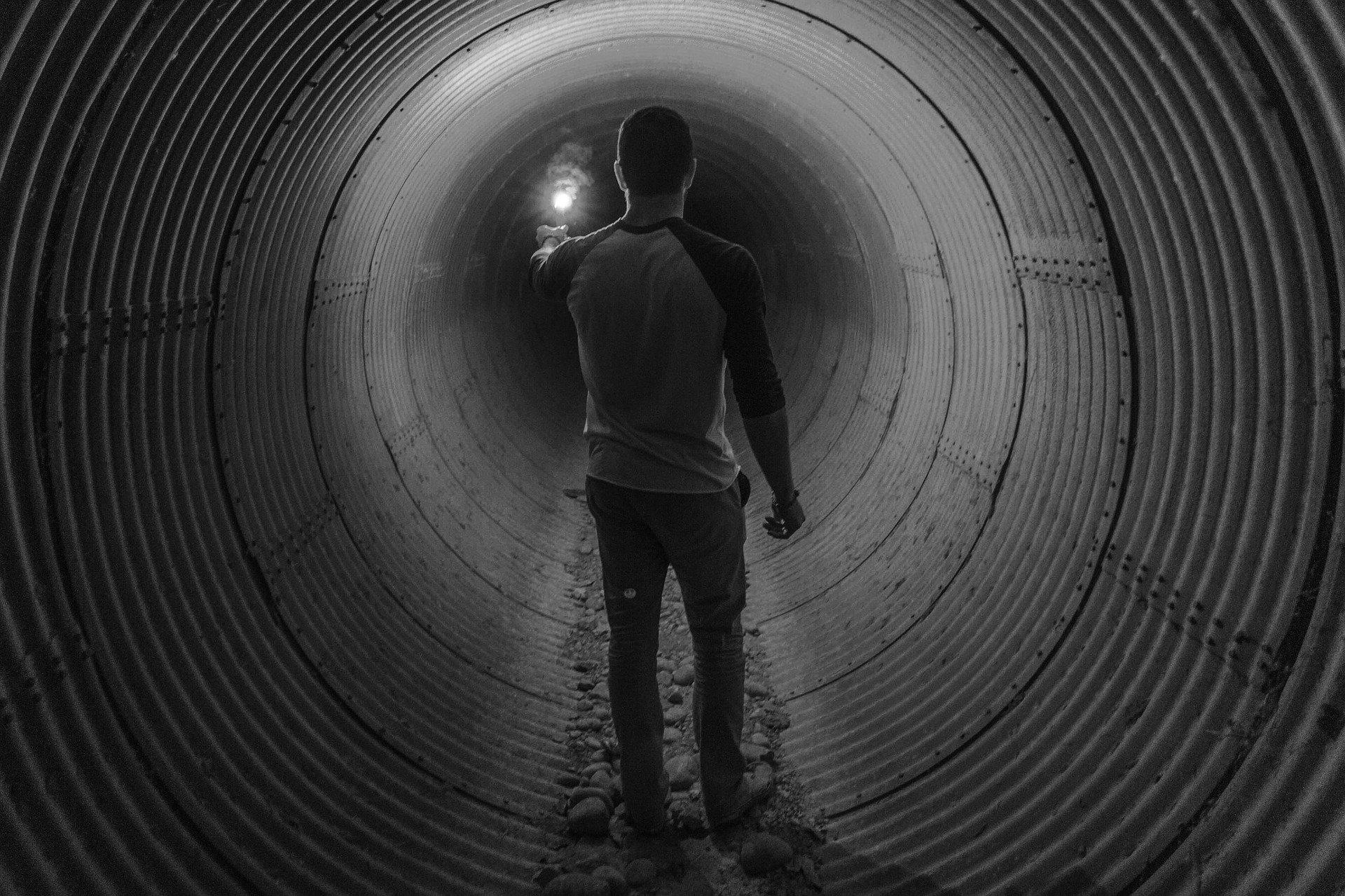 Le Grand et extraordinaire Jeu des paradoxes du confinement